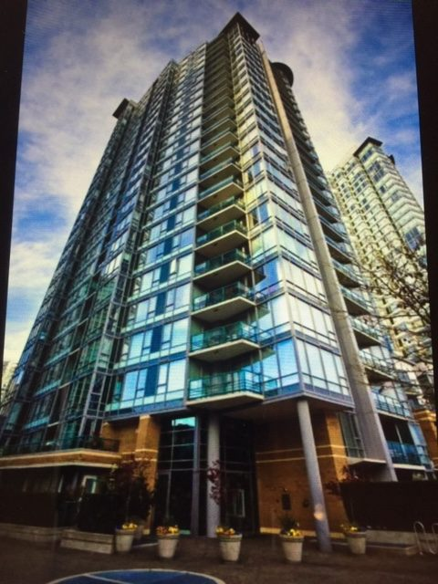 905 – 1067 Marinaside Crescent, Vancouver